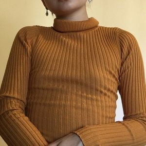 Vintage Ribbed Coffee Colored Turtleneck Sweater